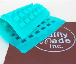 CUBE, PETIT Chocolate and Candy Mold